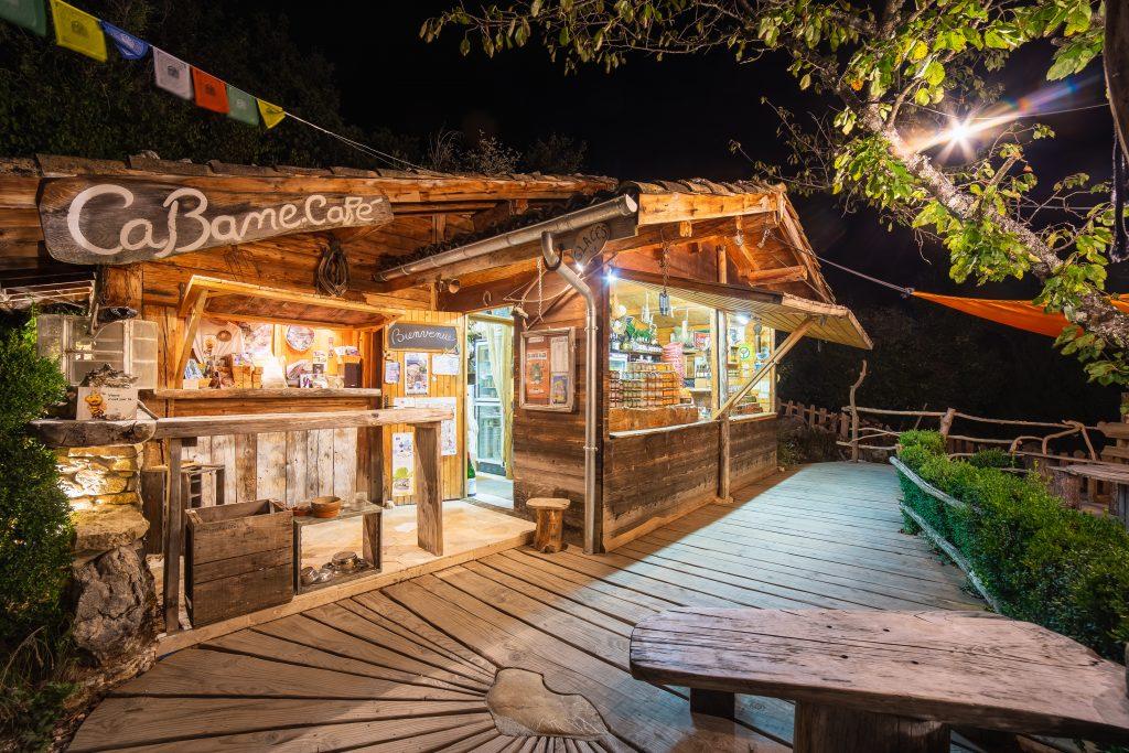 Cabane Café, restaurant original choranche