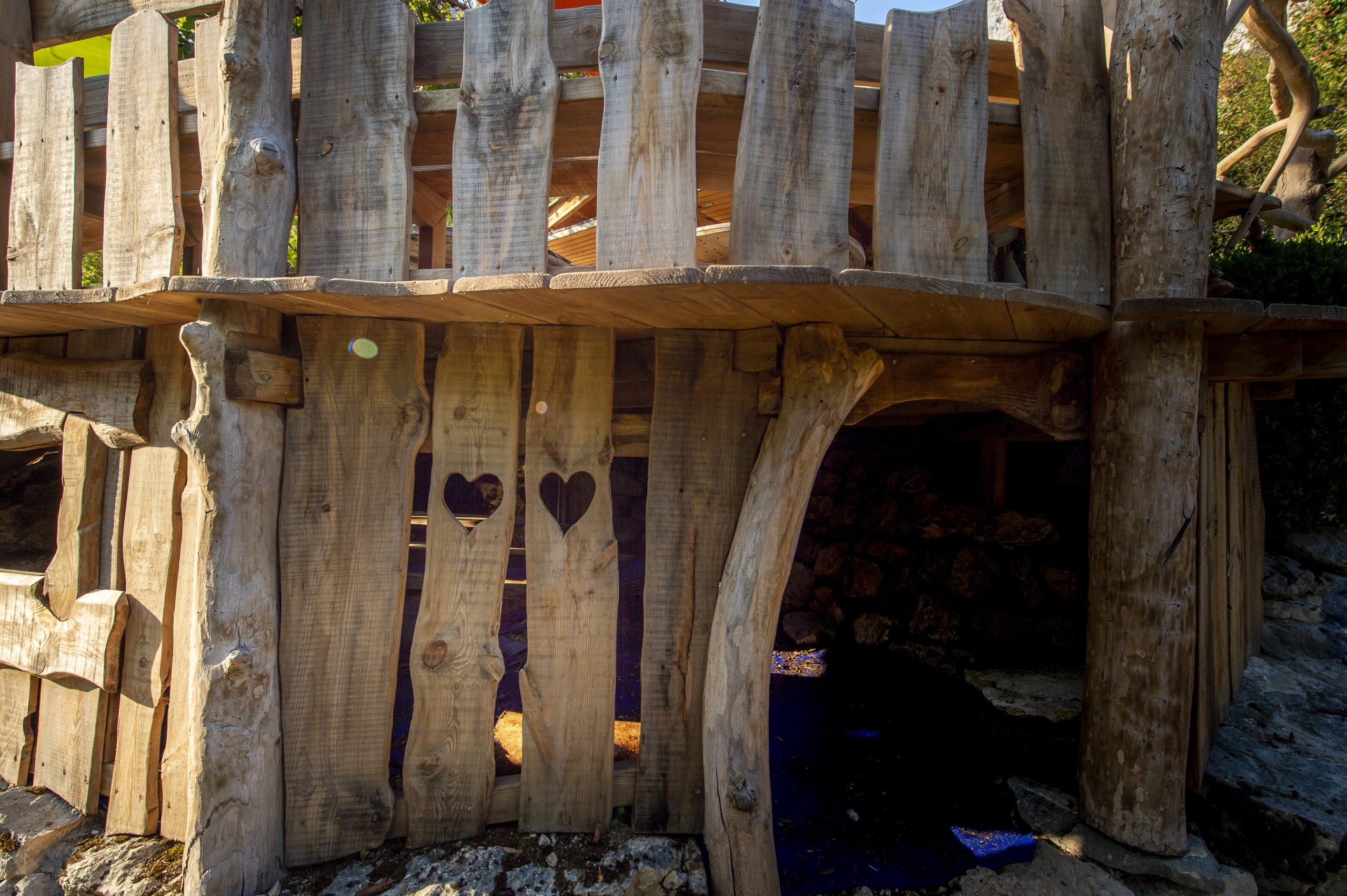 Cabane Café, terrasse bois restaurant vercors