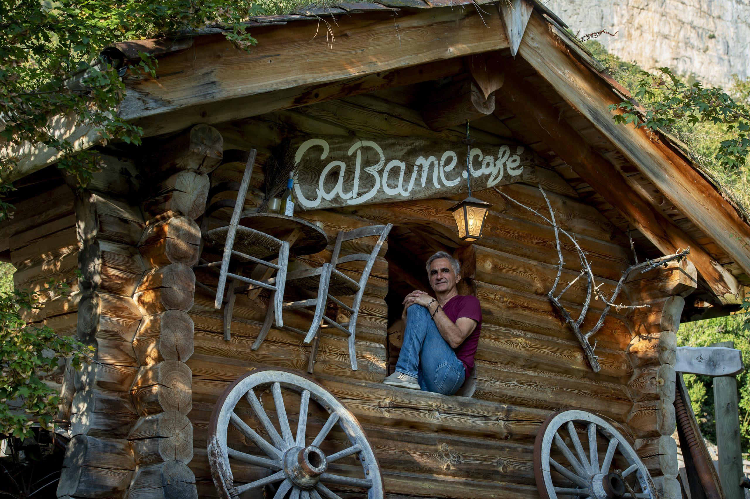 Cabane Café, proprietaire restaurant produits locaux bio vercors